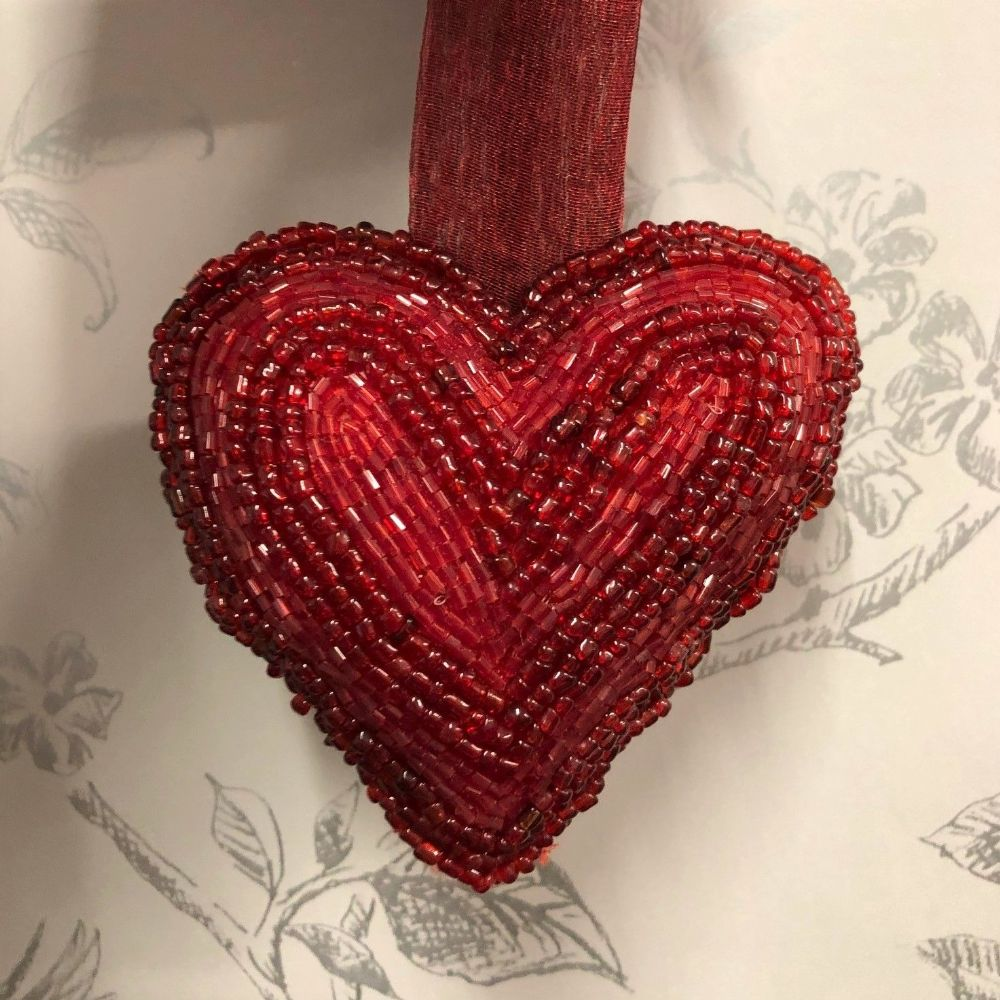 Red Beaded Hanging Heart Home Decoration - Style A